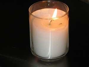 yartzeit candle-white